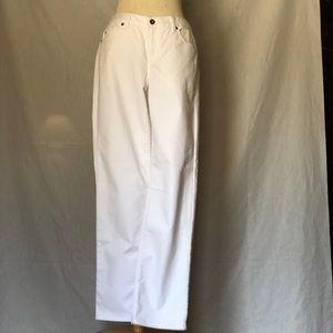 Liz Claiborne Size 4 Straight Leg Fit White Jeans